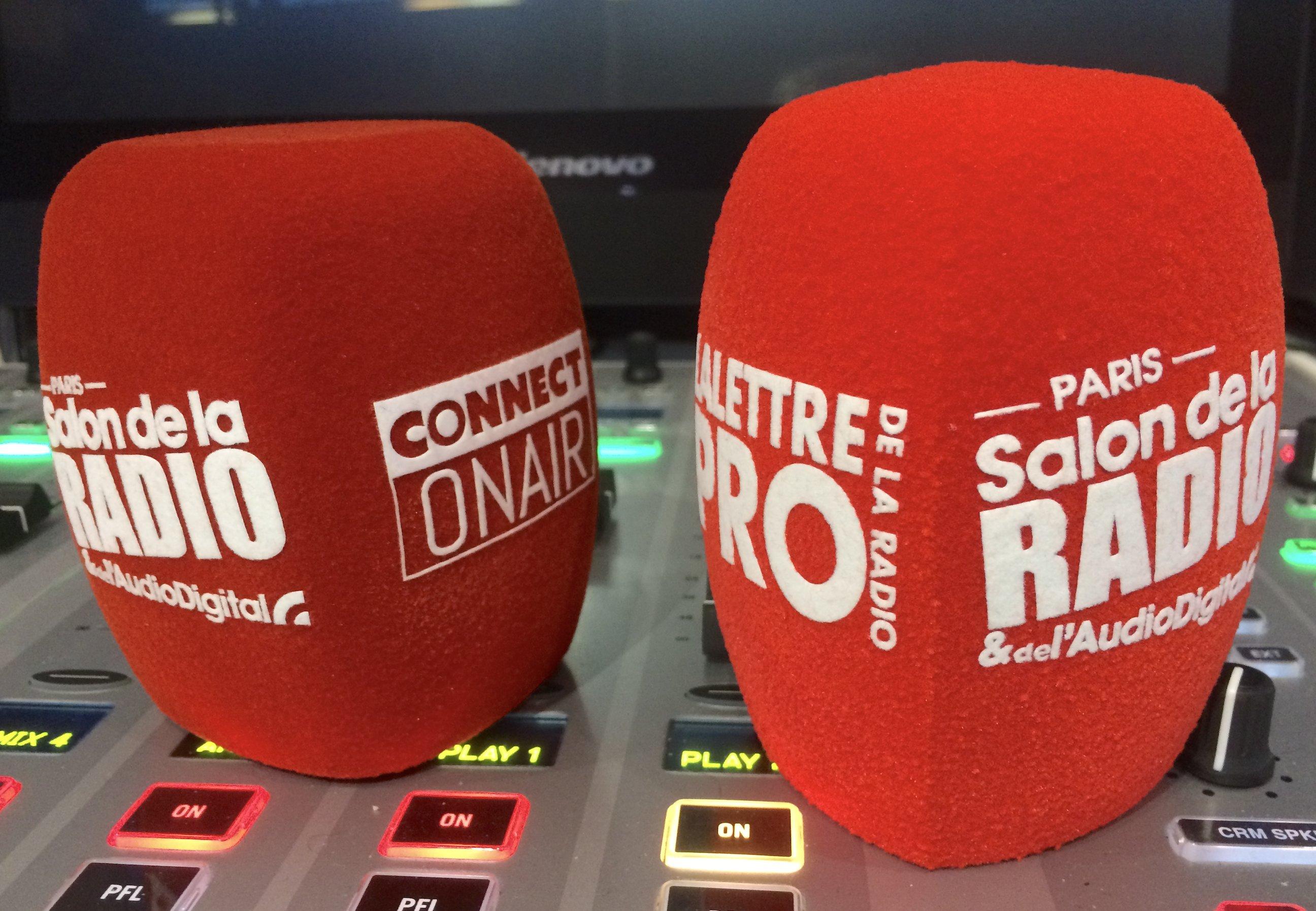 À gauche, une bonnette produite par Schulze-Brakel (Allemagne) et à droite, celle réalisée par Foam Conversion (Angleterre).