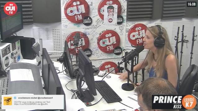 """Rappelons que Oüi FM propose """"Oüi FM la Télé"""" qui permet de découvrir les coulisses de la radio simultanément au programme audio"""
