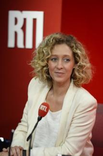 Alba Ventura signe chaque matin l'édito politique de la matinale d'Yves Calvi, sur RTL.