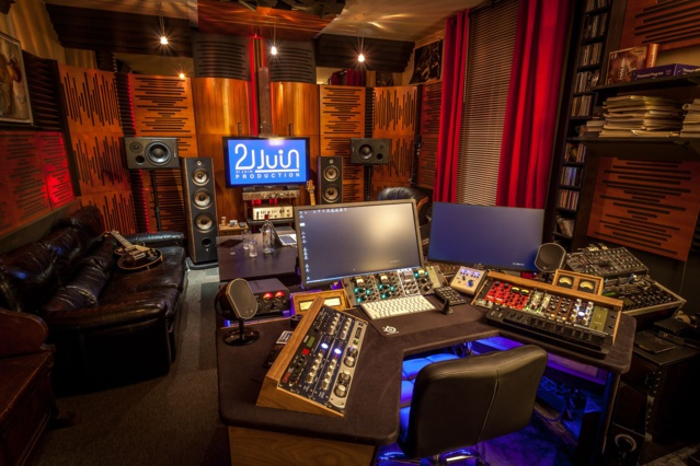 Un des studios de 21 juin Production à Paris, un studio dirigé par Ereic Renard et Philippe Zech