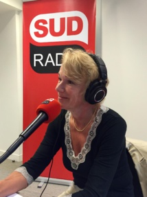 Brigitte Lahaie sur Sud Radio. Crédit photo © Maniacom Group