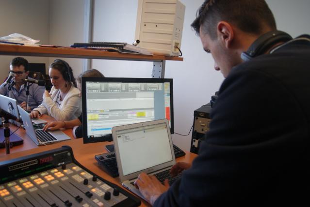 """Intensive Radio"" à l'ISCPA Lyon."