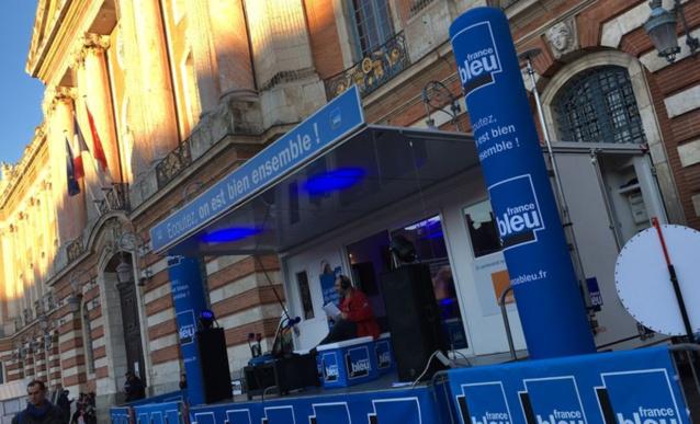 France Bleu Toulouse est en direct de la Place du Capitole jusqu'au 23 décembre © Alban Forlot Radio France
