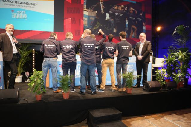 La remise des prix ON'R Brandy a récompensé 9 radios et 2 entreprises dont IP Studio pour sa console sous IP. Une cérémonie en présence de Diederick Decraene (à droite) qui dirige Brandy Jingles à Bruxelles © Serge Surpin