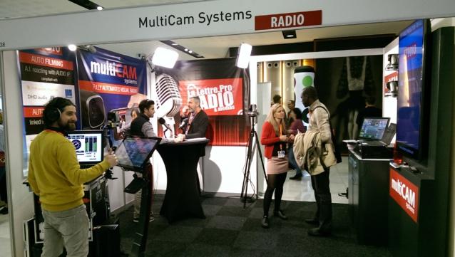 Si votre MultiCam Radio est connecté à un logiciel d'automation supporté (RCS, Dalet, Enco, David system, Clyde Broadcast,…), l'habillage graphique est également automatisé. Le système a toutes les fonctionnalités pour transmettre en direct (live streaming) et en podcast