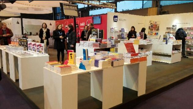 Le stand des Editions Radio France au Salon Livre Paris l'an passé