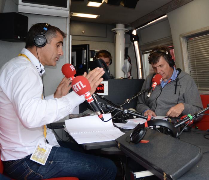 Laurent Jalabert retrouve une nouvelle fois l'équipe des sports de RTL pour couvrir toutes les étapes de la grande boucle depuis le Car Studio de RTL