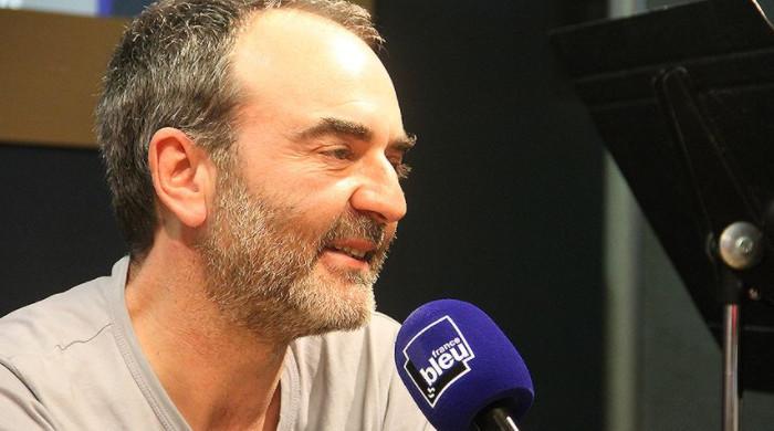 """Cet été, dans """"Cinémanecdotes"""", Bruno Solo raconte les petites histoires du cinéma qui ont fait la grande"""