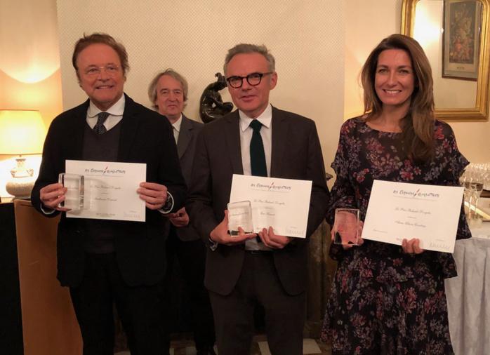 Les autres lauréats, à ses côtés, étaient Anne-Claire Coudray (TF1) et Guillaume Durand (Radio Classique).