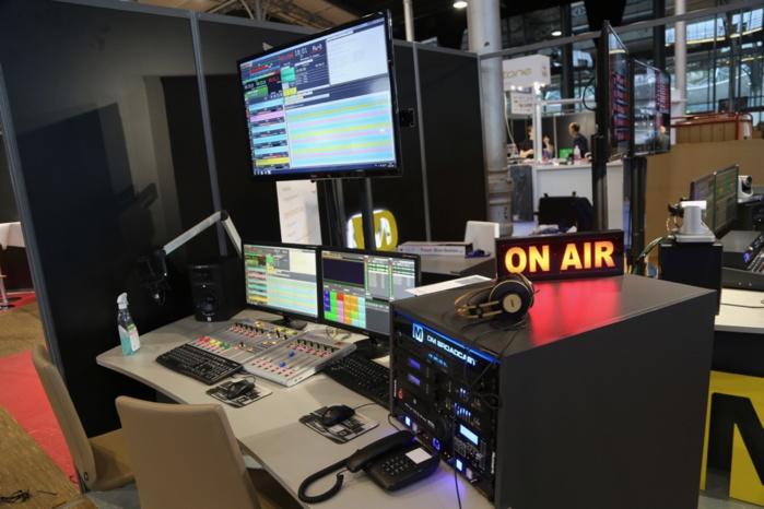 Les passionnés de micros, de consoles, d'écrans tactiles, d'émetteurs, d'enregistreurs... vont être rassasiés jusqu'à samedi © Serge Surpin / La Lettre Pro