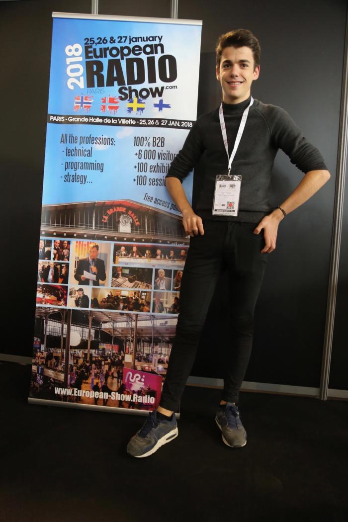 Axel Perrier (Radio Nîmes) qui remporte le prix du jeune talent d'animateur radio 2018 © Serge Surpin / La Lettre Pro