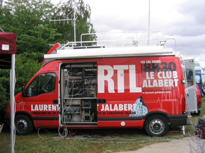 Le studio mobile de RTL réalisé par Toutenkamion.