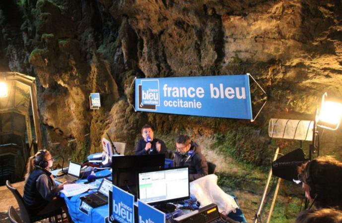 Hier matin, Alban Forlot a animé la matinale de France Bleu Occitanie depuis le gouffre de Padirac à 103 mètres sous terre © FF / Radio France