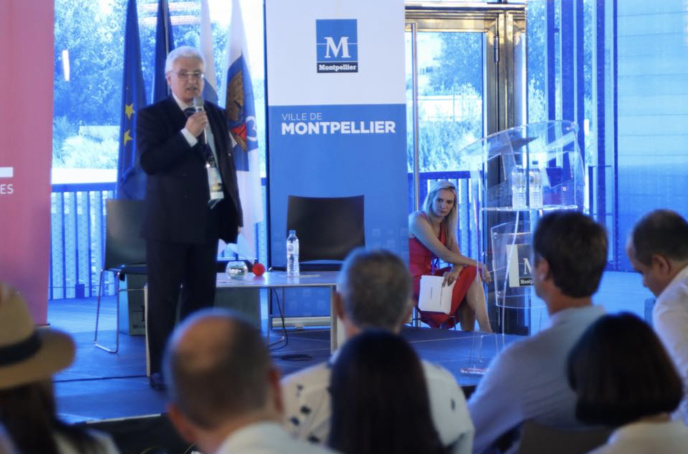 """Ce matin, le président Emmanuel Boutterin a ouvert les débats : """"nous sommes à un moment charnière"""" © Serge Surpin / La Lettre Pro de la Radio"""