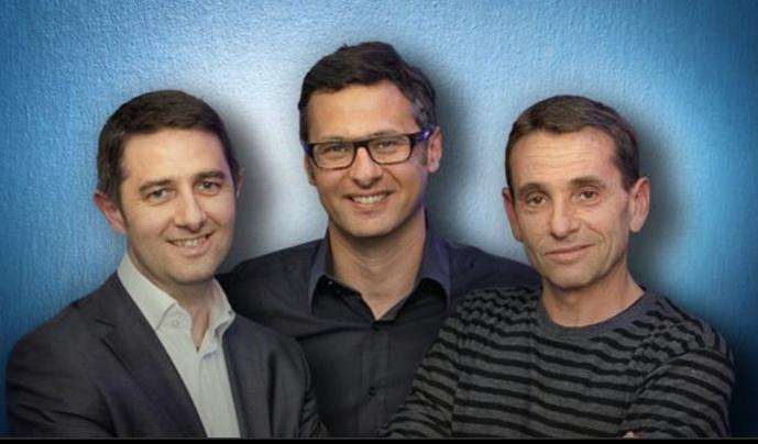 """En 2011, Laurent Guimier et Guy Birenbaum (à droite) animaient """"Des Cliques et des Claques"""" sur Europe 1. David Abiker (au centre) sera chroniqueur cette saison dans la matinale. (Photo europe1.fr)"""