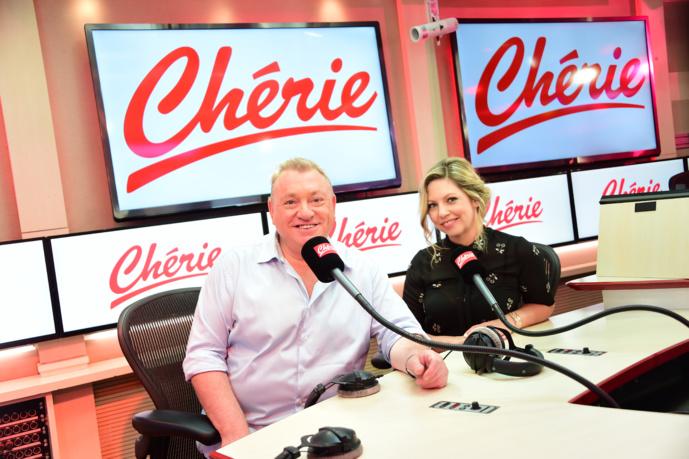 Christophe Nicolas et Carole Coatsaliou assurent la matinale de Chérie depuis septembre. @Anthony Ghnassia