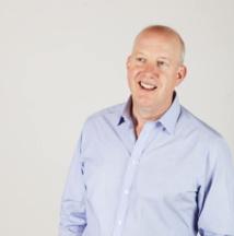 Peter Blampied, directeur des ventes en France pour Roberts Radio, connaît bien le marché de la radio numérique en Europe