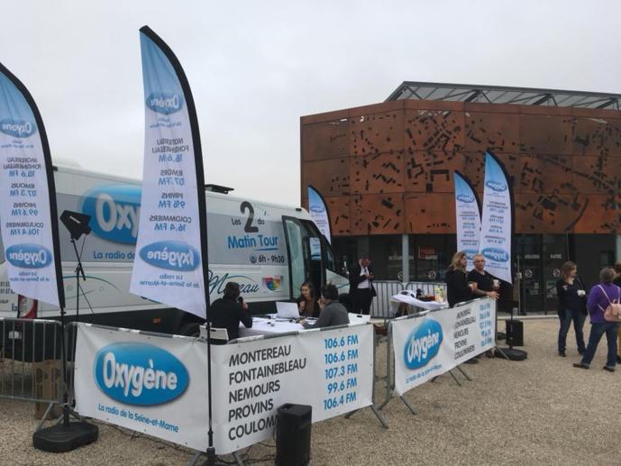La délocalisation Les deux du matin Tour de Radio Oxygène en Seine-et-Marne.