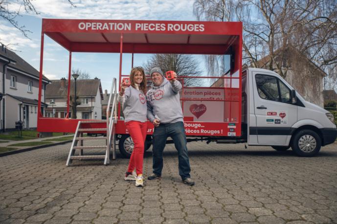 Bel RTL sort son camion-tirelire pour l'opération Pièces Rouges