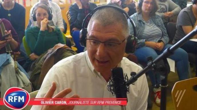 Olivier Caron, journaliste à RFM Provence reçoit le 1er prix World Radio Contest