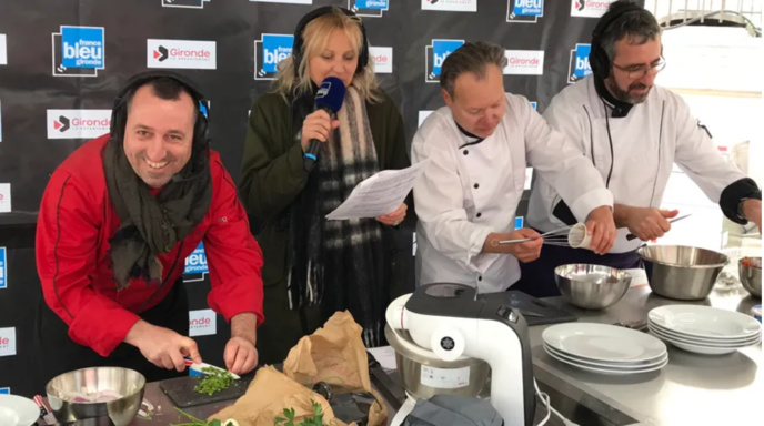 France Bleu Gironde, ici en direct sur un marché © Radio France - Pierrick Jagoret