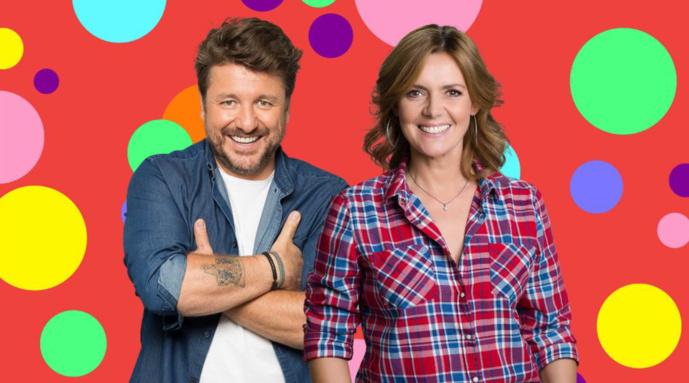 """""""Le Grand quiz de l'été"""" est présenté comme """"la première émission de radio franco-belge. Animée par Bérénice et Bruno Guillon, elle sera diffusée sur Bel RTL et sur RTL"""