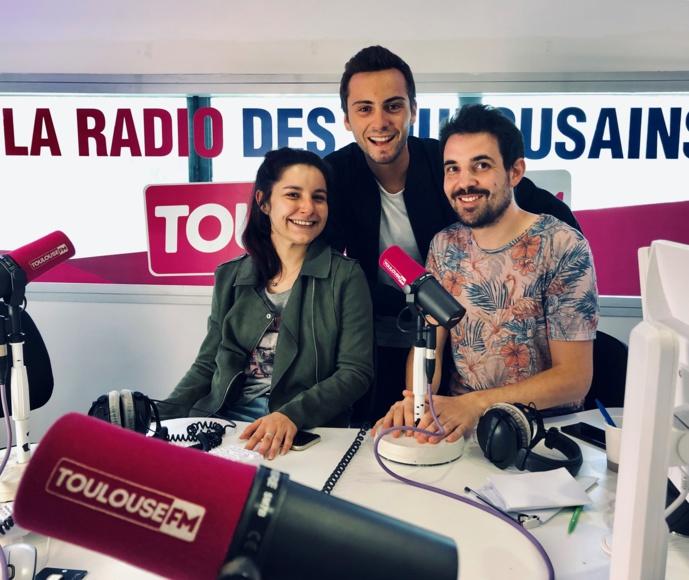"""Louis, Nico et Elsa. C'est la """"Team du matin"""" sur Toulouse FM. Un sympathique trio pour réveiller les auditeurs chaque jour."""