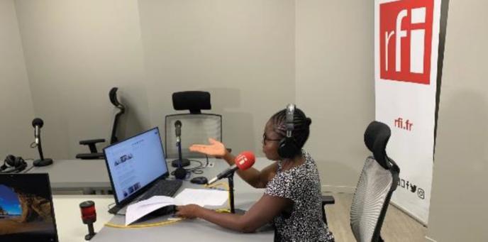 Les programmes en mandingue sont diffusés en décrochage de l'antenne en français sur certaines FM de RFI au Burkina Faso, en Côte d'Ivoire, en Guinée, en Gambie, au Liberia, au Mali, au Sénégal et en Sierra Léone