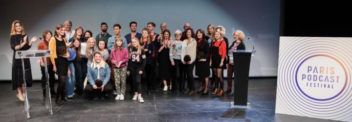 Les 8 lauréats 2019, les partenaires, le jury de la compétition et le jury d'enfant au paris Podcast Festival © Julie Sebadelha