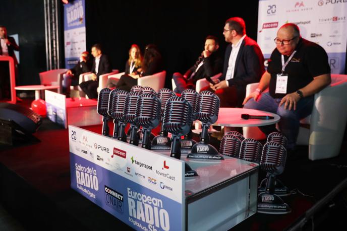 Dix radios récompensées au Salon de la Radio