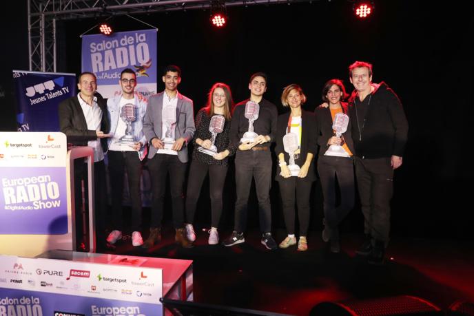 Entre Rémi Castillo et Jean-Luc Reichmann, non pas 5 mais 6 nouveaux Jeunes Talents de la Radio, de la Télévision, du Net et du Podcast