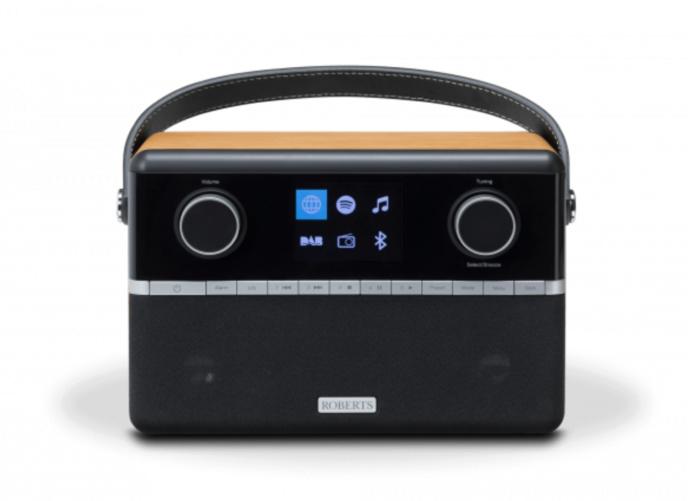 Covid-19 : la BBC offre des radios DAB+ aux plus de 70 ans