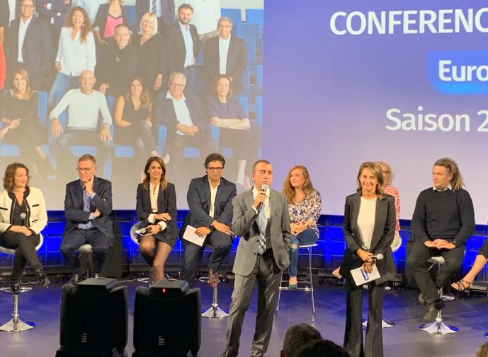 Arnaud Lagardère et Constance Benqué, lors de la conférence de rentrée d'Europe 1 / Photo FQ