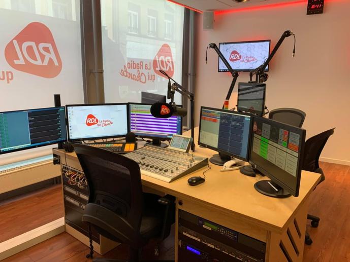 À Saint-Omer, RDL est désormais équipée d'un studio numérique, lumineux et spacieux, pouvant accueillir quatre intervenants. © D.R.