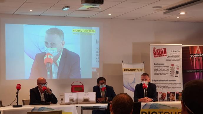Au RadioTour ce matin, Pascal Muller (à droite). Il dirige Top Music