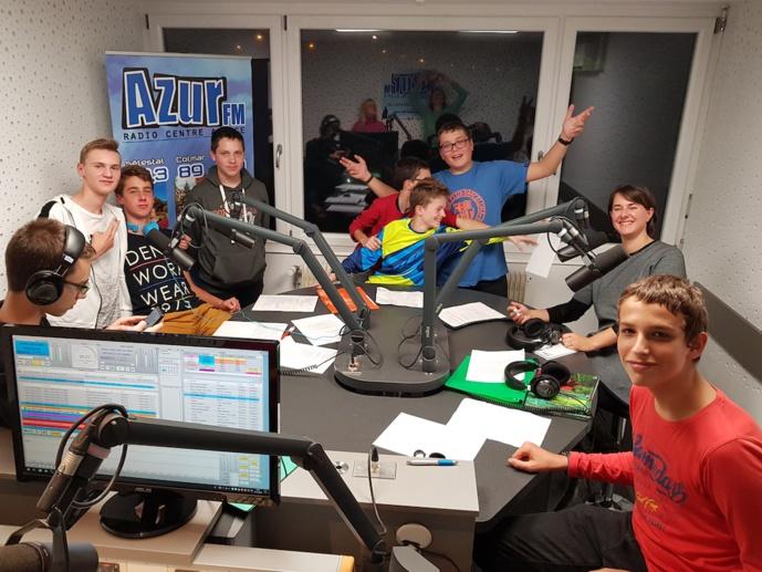 """""""Ados & Co"""", la section de jeunes encadrés par Sabrina Rondeau sur Azur FM"""