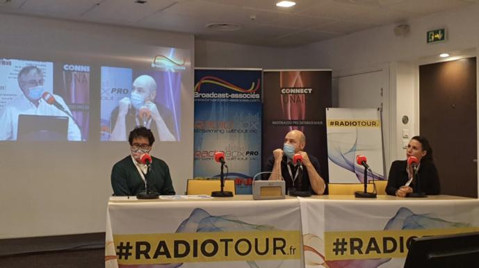 De gauche à droite : Giovanni Gugg, Yohann Burgan et Élodie Margand au RadioTour à Nice © Nicolas Moulard