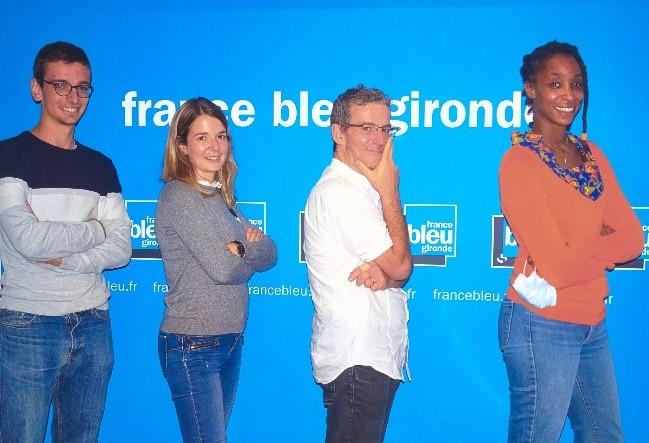 De gauche à droite : Thomas Coignac (journaliste), Marie Rouarch (journaliste), Dominique Bourdot (animateur), et Aurélie Bambuck (journaliste) © H. Elaafifi