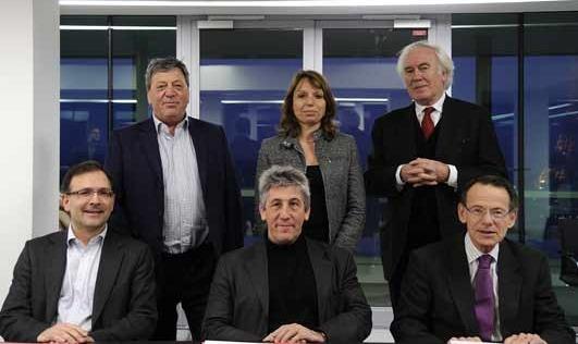 De gauche à droite : Pascal Rogard (SACD), Marie-Anne Ferry-Fall (ADAGP), Jean-Luc Hees (Radio France), Jean-Noël Tronc (SACEM), Hervé Rony (SCAM), Thierry Desurmont (SDRM)