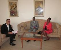 Younes Boumehdi avec le maire de Bangui