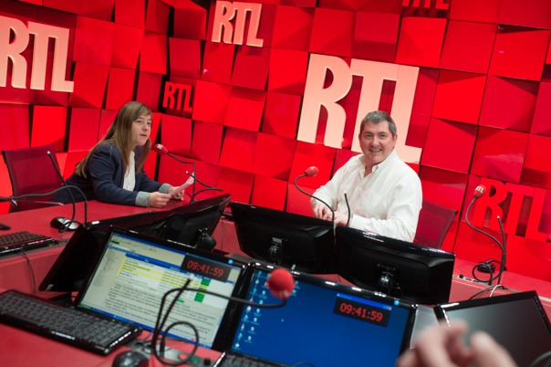 L'intervieweur interviewé... © Christophe Guibbaud - Abacapress pour RTL