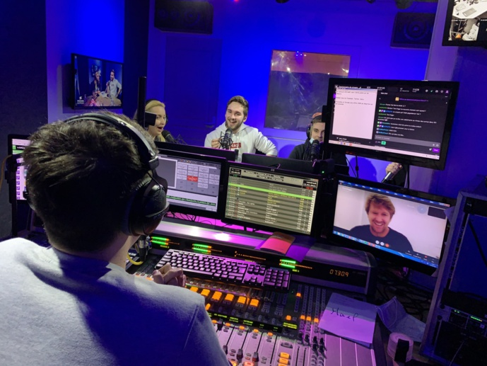 Record d'antenne pour une webradio française