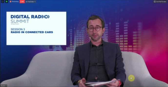 Ben Poor, chef de projet à l'Union européenne de radiodiffusion, a orchestré l'événement en ligne depuis le siège de l'UER à Genève
