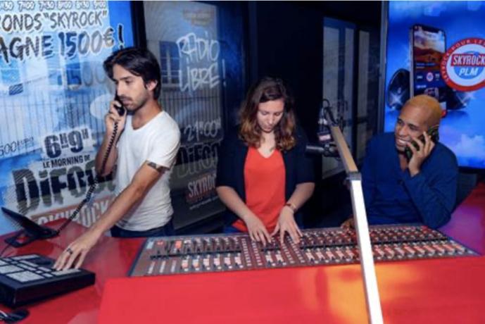 Les animateurs de Skyrock PLM (de gauche à droite : Antoine, Léa et M'rik