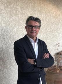 Sylvain Athiel est le directeur du Pôle Broadcast Mediameeting