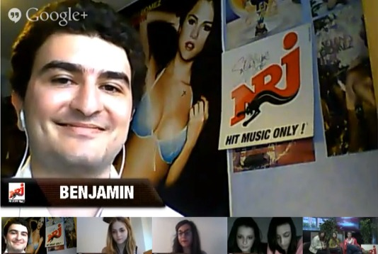 Benjamin, fan de NRJ et de Selena Gomez : la preuve derrière lui