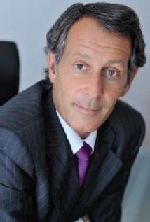Claude Perrier nommé directeur de France Bleu