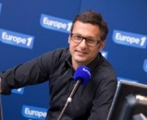 David Abiker aux commandes de # DCDC © Storybox Photo / Europe 1