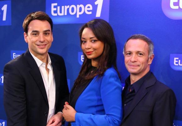 Julian Bugier, Julia Martin et Samuel Etienne sur le pont, cet été, sur Europe 1