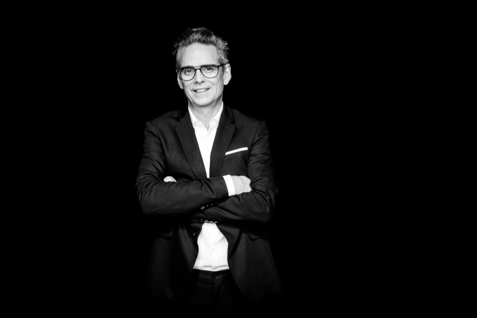 Darryl von Däniken est à la tête du SwissRadioDay depuis 2014. © Tobias Stahel Photography.
